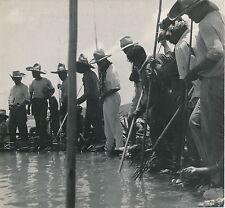TAHITI c. 1950 - Pêche aux Cailloux dans le Lagon Polynésie Française DIV 4995