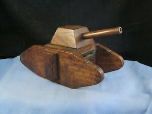 WWII VINTAGE WOODEN MILITARY ARMY TANK MONEY CASH BOX SAFE MONEYBOX PIGGY BANK