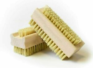 WOODEN NAIL BRUSH MANICURE & PEDICURE SCRUBBING CLEANING BRISTLES BOTH SIDES