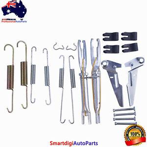 Rear Brake Shoes Adjuster + Parts Kit Fit Toyota Hilux GGN25 KUN26 4x4 Ute 05-15