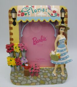 BARBIE PICTURE FRAME -Resin/ Florist/Flowers - Mattel 1996 From Barbie With Love