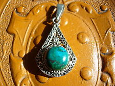 BEAUTIFUL MALACHITE GEMSTONE SET ON 925 SILVER FILIGREE