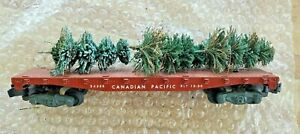 AMERICAN FLYER   24558 CANADIAN PACIFIC FLAT CAR WITH INCORRECT LOAD