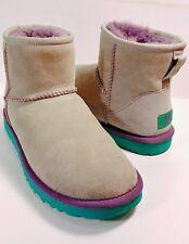 UGG AUSTRALIA 5854 Gray Sheepskin Purple Trim Green EVA Soles Ankle Boots Size 7