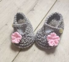 Handmade Crocheted Baby Girls Mary Jane Shoes 0-3 Months.Silvery Grey/Pink/White