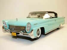 LINCOLN CONTINENTAL cabriolet fermé MKIII bleu Sequoia 1958 1/18