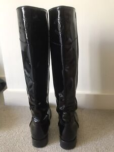 Chanel Women's Black Patent Leather Knee High Boots 39.5 🖤