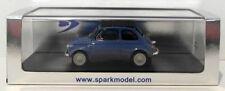 Véhicules miniatures bleus sous boîte fermée pour Fiat