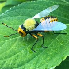 Handmade Bee Brooch Novelty Insect Bug Pin