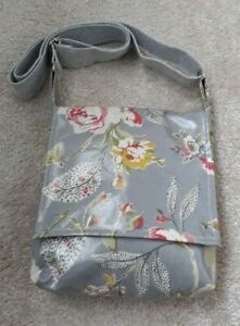 BAG FULLY LINED IN COTTON AND MADE FROM FLORAL PVC - HOMEMADE - NEW