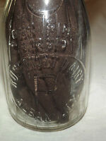 VINTAGE 1932  ROSEMONT DAIRY ALBANY NY EMBOSSED 1 PINT MILK  BOTTLE