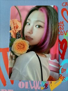 Itzy Yeji Official photocard Crazy in love kpop