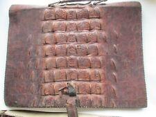 1 grande sacoche / porte document   ancienne en CROCODILE artisanale