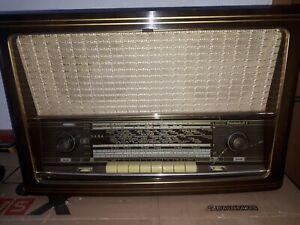 Röhrenradio Radio Saba Freudenstadt 8 .