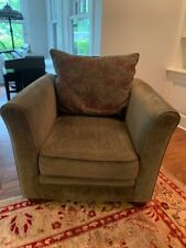 GREEN Olive Forrest ARM CHAIR Comfortable Living Room Den Family Furniture