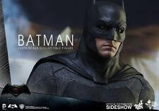 BATMAN VS SUPERMAN: DAWN OF JUSTIVE~BATMAN~SIXTH SCALE FIGURE~MMS~HOT TOYS~MIB