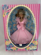 A Portrait Of Vanna Happy Mother's Day Vanna Xoxo Doll New