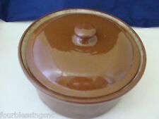 VINTAGE POTTERY BROWN BEAN POT WITH LID-UNMARKED-1 1/2 QT. (6 CUPS)