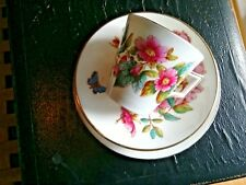 A VERY RARE WILEMAN, VICTORIA SHAPED TRIO,WITH ROSES AND BLUE BUTTERFLY