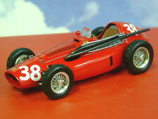 IXO 1/43 LA STORIA FERRARI 553 F1 SUPERSQUALO #38 MIKE HAWTHORN 1ST SPAIN 1954