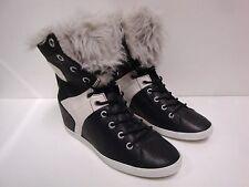 1 paire de chaussures femme Groundfive taille 39 NEUVE
