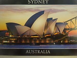 OPERA HOUSE SYDNEY-AUSTRALIA POSTCARD