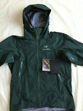 Arc'teryx Men's Beta AR Goretex Jacket (Conifer) Medium - New - MSRP $575