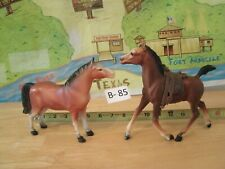1 Breyer Horse With Saddle Other Horse No Brand Name Lot B - 85