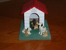 Dogs/Doghouse Music Box