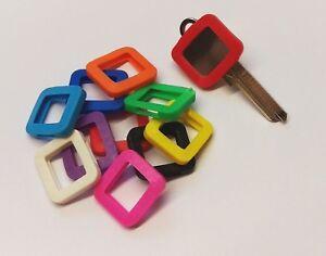 6 Schlüsselkennringe (eckig), ca. 25 X 23 mm