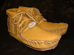 Buffalo Women's Size 7 Pawnee Style Moccasins Western indian Bison Leather