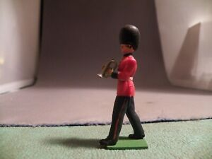 Britains Eyes Right Grenadier Band Figure Playing Trumpet