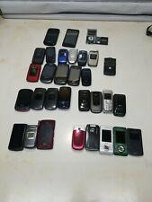 Lot Of Old Vtg. cellphones flip slide phones Samsung Lg Motorola nokia pantech