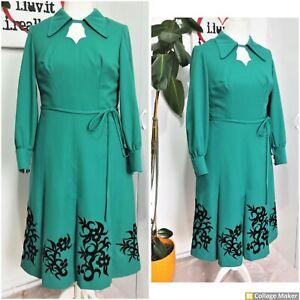 Original Vintage 70s Green Wool Blend Velvet Trim Mid Day Dress & Belt Size 16