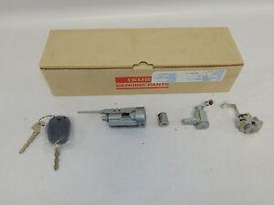 New OEM 2012-2016 Isuzu D-Max Key Cylinder Set Remote Glove Box Auto Lock Gate