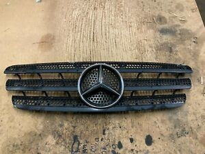 MERCEDES W163 ML270 CDI BONNET GRILLE GRILL A1638800185 1638800185 Used