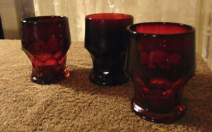 "Lot of 3 Anchor Hocking Georgian Ruby 4 1/4"" 9 oz. Flat Tumblers"