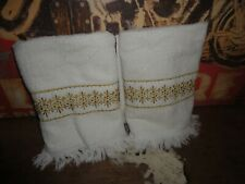 VINTAGE ROYAL FAMILY GOLD EMBROIDERED (2PC) BATH HAND TOWEL  21 X 38