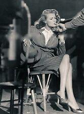 WW2 Photo WWII US Movie Star Rita Hayworth  Hollywood Set  World War Two/ 1534