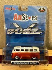 Maisto VW Volkswagen Van Samba All Stars V Bugz Orange And White 1:64