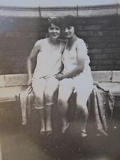 ANTIQUE VINTAGE FLAPPER AMERICAN BEAUTY RISQUE ROOF UNDERWEAR GIRLS RARE PHOTO
