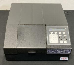 Bio-Tek MQX200 uQUANT Microplate Reader Spectrophotometer B6B
