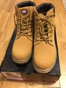 Dickies, Donegal 2 safety boots,Mens UK size 10 in Honey colour(similar colour t