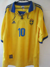 Sweden 1998-1999 Larsson 10 Home Football Shirt Size Extra Large /34825