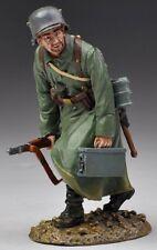 THOMAS GUNN WW1 GERMAN GW040A SOLDIER RUNNING MIB