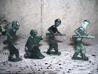 GREEN TOY SOLDIERS PLASTIC FIGURES 4 PC SET