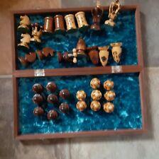Dekoratives Schachspiel aus Holz in Klappbox 40x40
