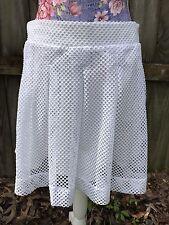 Women's BANANA REPUBLIC White Mesh Knit Perfect Lace Short Skirt Size 8