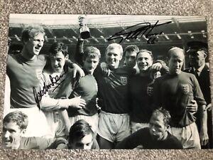 Geoff Hurst & Gordon Banks England 1966 Dual Signed 12x8 Photo SEE PROOF