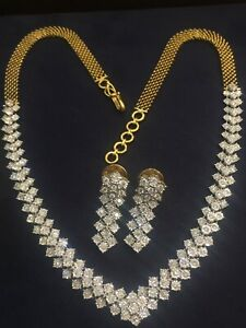 3.25 Cts Round Brilliant Cut Pave Diamonds Necklace Earrings Set In 585 14K Gold